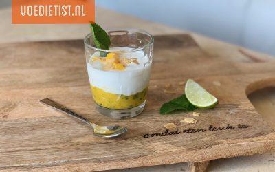 Recept: Frisse mango Skyr toetje met munt en amandel