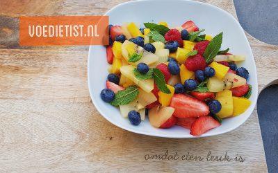 Recept: Zomerse fruitsalade met munt