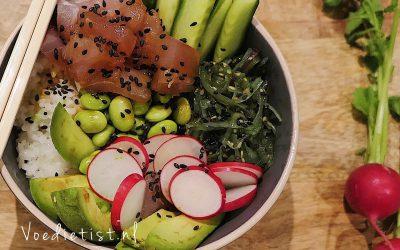 Recept: Poké bowl met tonijn, edamame en avocado